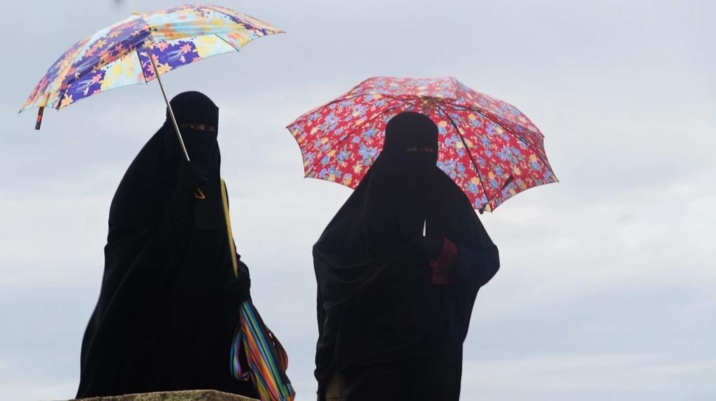 Verschleierte Frauen in Burkas